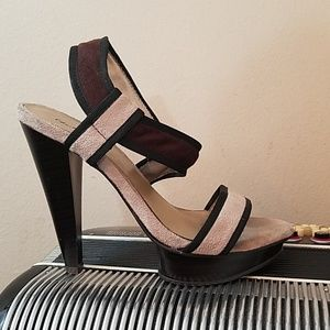 SEXY CHARLOTTE RUSSE BROWN & TAN FABRIC HEELS
